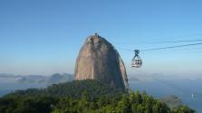 Már 105 éve jár a híres riói kötélpálya a városból a Cukorsüveg tetejére