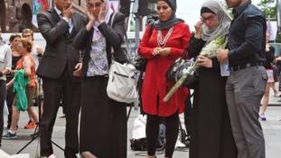 Így álltak ki az ausztrálok a muszlimok mellett