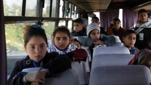 Meghiúsította az árva gyerekek útját Izraelbe a Hamász