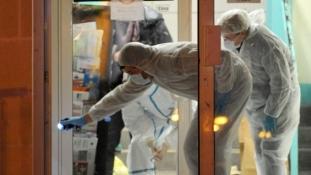 Késsel támadt a rendőrökre- lelőtték az iszlamista támadót!