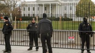 Titkosszolgálatok: külső főnök kell a változásokhoz