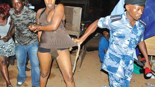Karácsonyi  akciós szex Ugandában