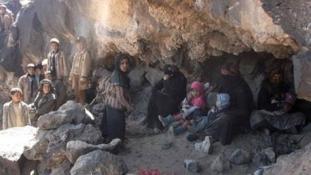 Barlangokba menekülnek a polgárháború elől Jemenben