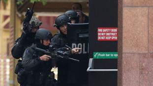 Erős rendőri készültség mellett várják az új évet Sydney-ben