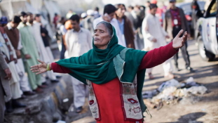 Háromnapos gyász van Pakisztánban