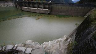 Baleset egy épülő ecuadori erőműben, kínai halottakkal