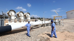 Líbia zavart kavart az olajpiacon