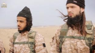 Neten keres párt az Iszlám Állam egyik harcosa
