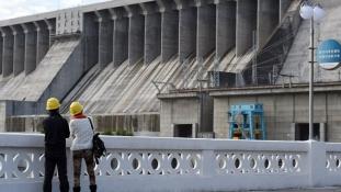 Átadták Kína új, hatalmas víztározóját