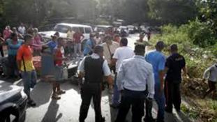 Hét fegyveres kirabolt 300 turistát Venezuelában