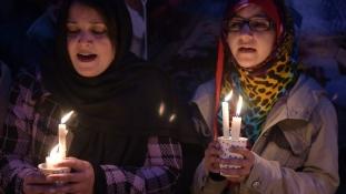 Hadbíróságok ítélkeznek a terroristák ügyében Pakisztánban