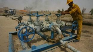 Irak rákapcsol az olajexportra, hogy legyen pénze