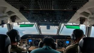 A pilóta bravúrja sem segített. A tengeren landolt az AirAsia óriásgépe?