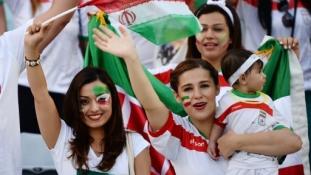 Tilos a szelfi az iráni focistáknak