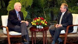 Kezdődhetnek a tárgyalások: megérkezett az amerikai küldöttség Kubába