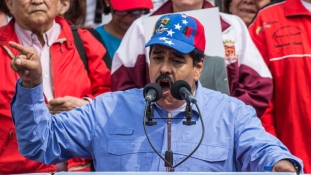 Lépéskényszerben a venezuelai elnök