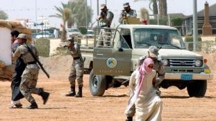 """A szaúdi határt támadták a """"kalifátus"""" harcosai"""