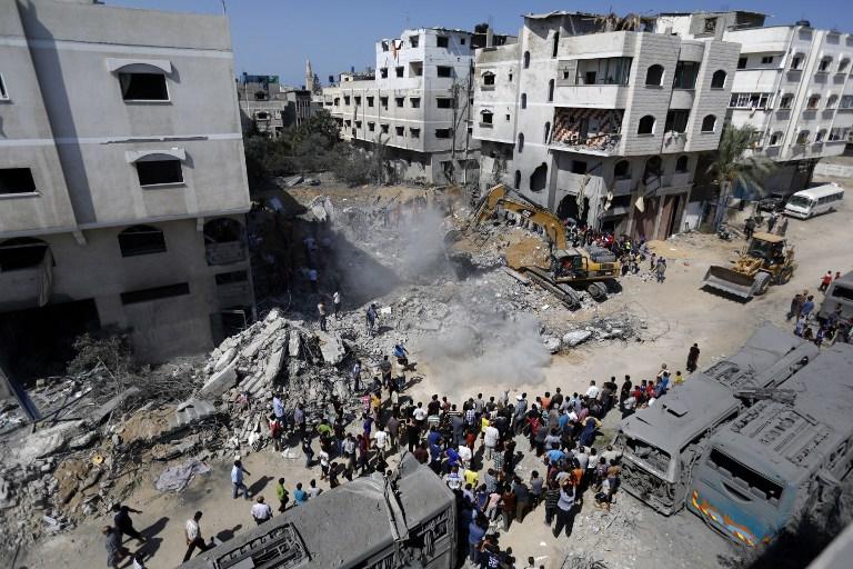 Deif háza a bombázás után. Senki sem hitte, hogy ezt túléli.