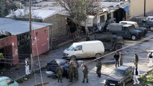Kávéházi öngyilkos merénylet Libanonban, 7 halottal
