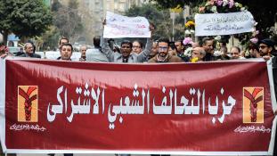 Virágot akart vinni a Tahrirra. Lelőtték