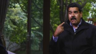 Olajdiplomácia: Teheránba látogatott Nicolás Maduro