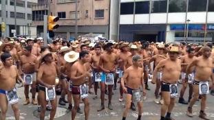 Mexikó: Meztelen(ül) igazság(ot!) – videóval