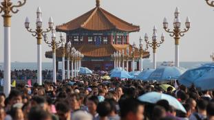 Dél-Korea és Japán versenyez a kínai turistákért