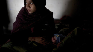 Elevenen akarta eltemetni tízéves lányát egy apa Indiában