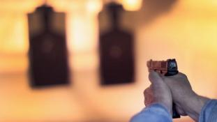 Fotókon gyakorolnak a mesterlövészek