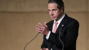 A minimálbér emelését kezdeményezi New York állam kormányzója
