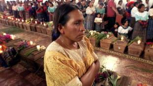 90 év börtönre ítéltek egy guatemalai ex-rendőrt