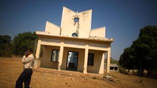 Barbár támadás egy keresztény templom ellen Delhiben