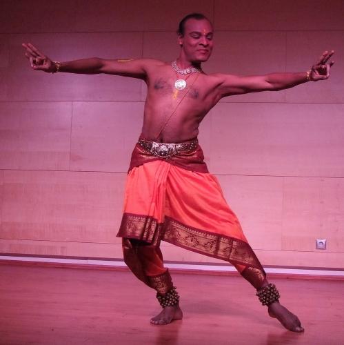 P. Senthilkumar bharatanátjam táncelőadása