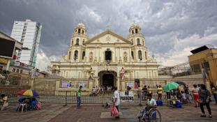 Felnőtt pelenka a Fülöp-szigeteki rendfenntartóknak