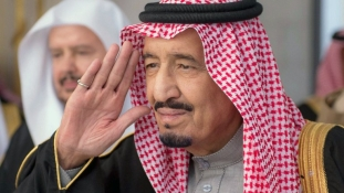 """A király beszéde: """"bölcsesség és vasakarat jellemzi a szaúdi politikát"""""""