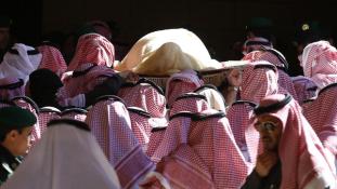 Abdallah király emléke előtt tisztelegnek a világ vezetői