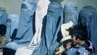Betiltották a burkát Kína legnagyobb muzulmán városában