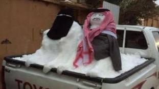 Iszlámellenesek a hóemberek