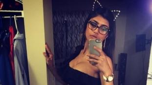 Ő Mia Khalifa, a halálosan megfenyegetett libanoni pornósztár