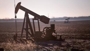 Meg kell húzni a nadrágszíjat Alaszkában a csökkenő olajárak miatt