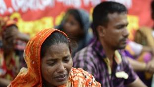 A bangladesi ruhagyárak még mindig veszélyesek