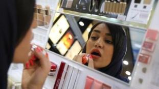 A smink történeteket mesél Iránban