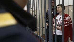 Kiengedik a hatvan napja éhségsztrájkoló ukrán pilótanőt