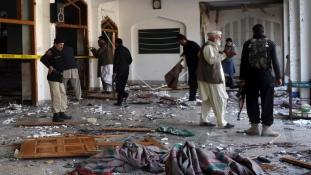 Halál a mecsetben a pénteki imanapon