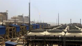 Irán gazdasága összeszedte magát, de az olajáron elcsúszhat