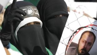 Olaj a tűzre? Elítélték a jordániai Muszlim Testvériség politikai vezetőjét