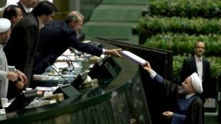 Ismét átírták a költségvetést Iránban