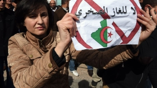 Terjed a palagáz elleni mozgalom Algériában
