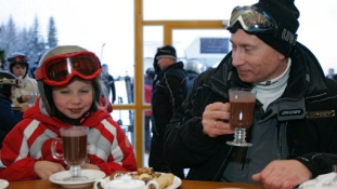 Putyin macskarajza felkerült a csokira