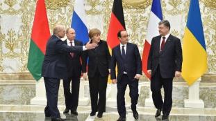 Az idegek harca Minszkben-egy csúcstalálkozó pillanatai